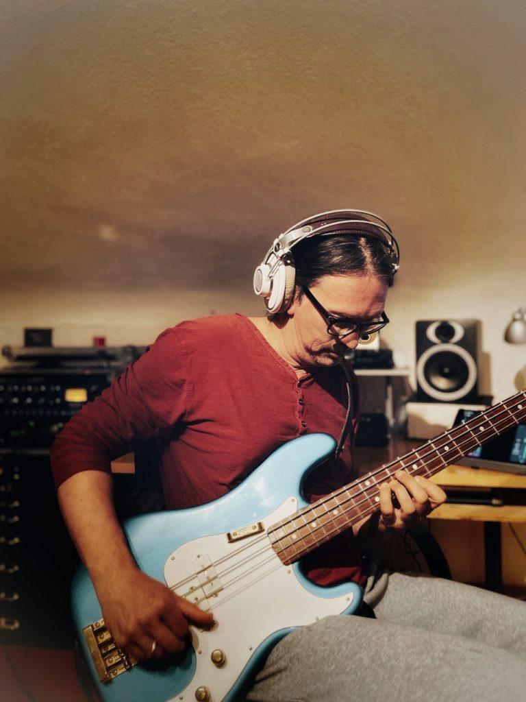Steffen Knauss Bass Studio